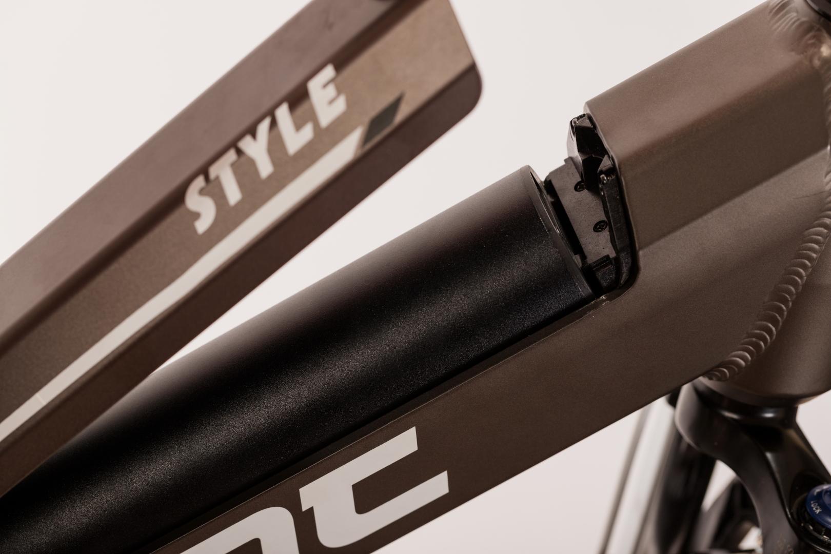 STYLE 700C bike image